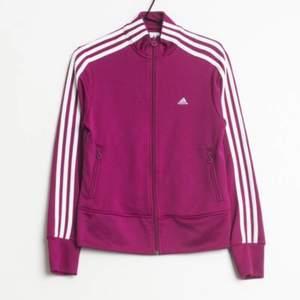 like new. Purple/pink Adidas💜💗