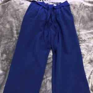 Kostymbyxor från bikbok. Näst intill oanvända🤍