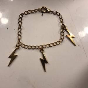 Super fint armband ❤️ 50kr +frakt❤️ köpt för 100kr❤️