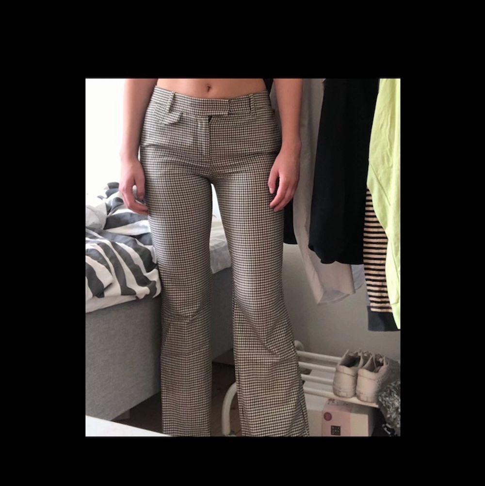 Uppsydda, lite korta på mig som är ca 170!. Jeans & Byxor.