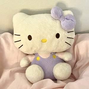 Säljer hello kitty gosdjur i pastellfärger från ty💜💗