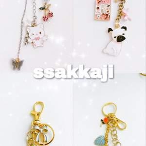 Superfina accessoarer (nya & handgjorda) från märket ssakkaji 💕🌸💕🌸 vi finns på instagram @ssakkaji eller skriv i DM för att köpa 🥰✨ help supporting small businesses
