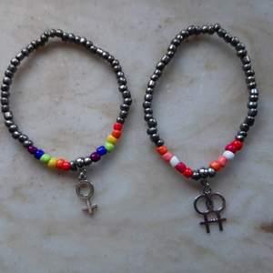 Gör armband med queert tema! Går att få med valfri flagga, egen vald färg på resten av pärlorna och venustecken, dubbel venus eller annat 🌈 35 kr + 12 kr i frakt 🌸