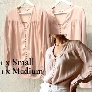 Både blusen är som ny! Blush pink pastell rosa 🌸 390kr styck plus porto 45kr med som blå påsar från Posten. Skickar alltid bildbevis och kvitto. Finns mer bilder och mått.