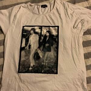 Säljer även denna t-shirten från limitato i storlek L, fint skick✨✨