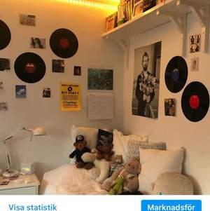 Vinylskivor att hänga upp på väggen✨ Har många att sälja, men begränsat antal.