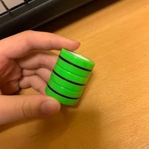 3 st gröna fidget toy ringar har bra magnet buda privat högsta bud just nu :60kr