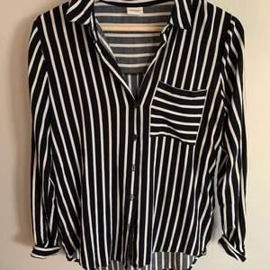 Jättefin skjorta köpt från Nelly