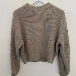 Jätteskön tröja/sweatshirt från HM