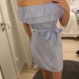 En klänning ifrån Dennis Maglic, perfekt för sommaren!!