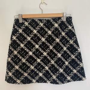 Jätte fin rutig kjol från zara. I storlek s!
