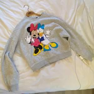 så söt sweatshirt 😍 frakt står köpare för