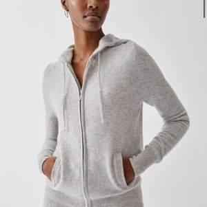 Om någon säljer en cashmere hoodie är jag intresserad #softgoat #cashmere
