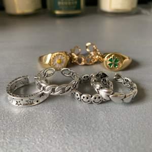 Några från Zend och några jag köpt på plick, har för många💞💞 Alla är i äkta silver och några är guldpläterade. !!!Bara de två kedjeringarna och den med hjärtan kvar💓!!!!