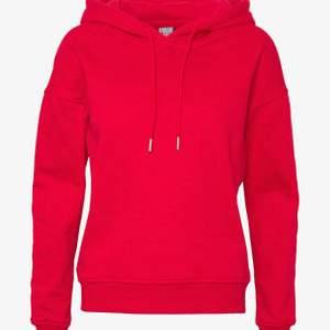 """H&M"""" huddie röd storleken L! Köpt för 199kr använd 1 gång! #huddie"""