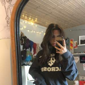 Ascool Champion vintage hoodie köpt på beyond retro strl S/M! Buda i kommenterna!!