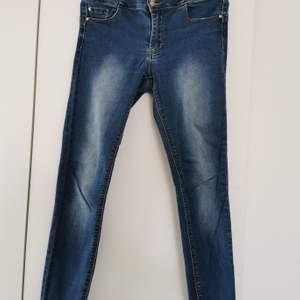 Happy Holly jeans i str 38.