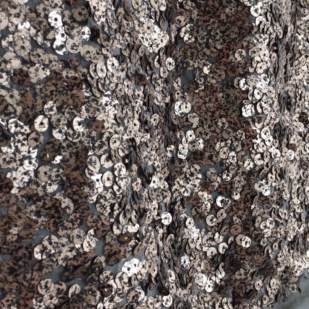 Min favorit kjol som jag aldrig använt säljer jag då det visade sig att den var för stor.  Hämtas i Kungsbacka eller skickas mot fraktkostnad, swish går bra.  Nås på Facebook: Kajsa Gustafsson . Kjolar.