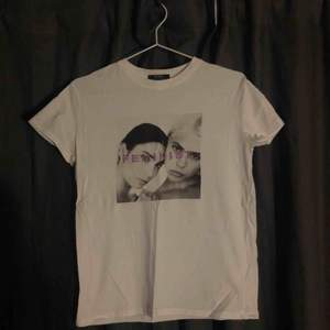 T-shirt från Bershka
