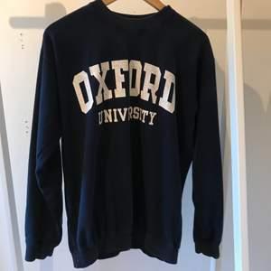 En fin sweatshirt. Skönt material men för liten för min smak.