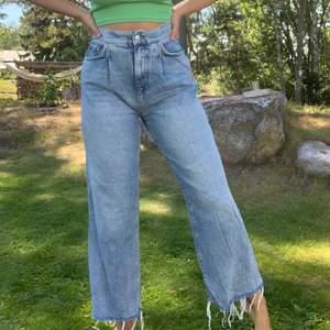 Jeans från gina i st 38, köparen står för frakten✨