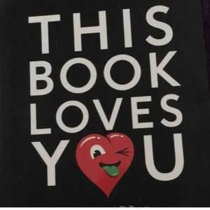 This book loves you samt den här boken älskar dig,  har en på eng och en på sve, 100kr styck inkl frakt.