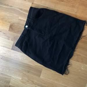 Svart Jens kjol från hm