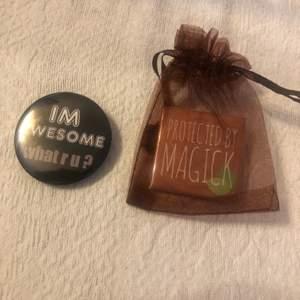 Säljer olika pin, finns flera på min sida. Endast protect by magik finns kvar. Frakt tillkommer och betalning sker via swish