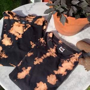 Blekt Tiedye🎇⬛️🔥 så jävla fint! T-shirten är i storlek M, men kommer komma fler storlekar så småningom. Köpare står för frakten på 66kr