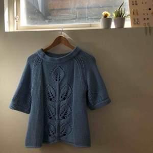 Supersöt stickad tröja från Marlene Birger. Använd men fint skick