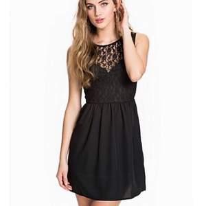 Svart klänning från Rut&circle🖤 Aldrig använd och lappen sitter kvar.
