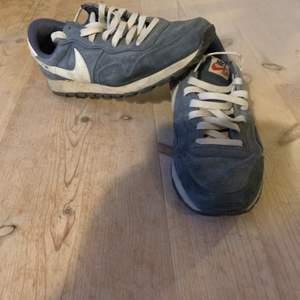 Nike air 90-tals modell i mocka