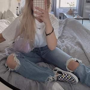 Säljer mina fina jeans, storlek 36