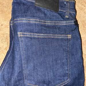Jeans från J lindeberg Mörkblå Denim W:30 L:32