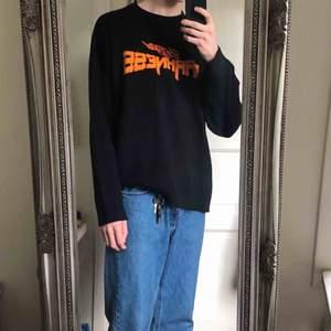 Oversized stickad tröja från weekday. Frakt tillkommer🌼🌼