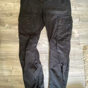 Cargobyxor från jack n Jones medium 32