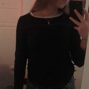 Jättesnygg Isabel marant tröja som tyvärr är lite för liten för mig men skitcool! Skriv privat för fler bilder och intresse🥰💕