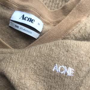 Acne tröja me logo, kan fixa mått eller fler bilder om de behövs