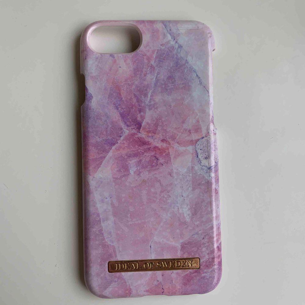 iPhone 7/6/8 Inte jätte använt, bra skick🥰. Övrigt.