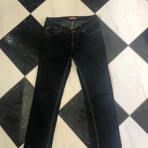 Miss sixty jeans super söta, strl 28 men passar bra på mig som är waist 25❤️ köp