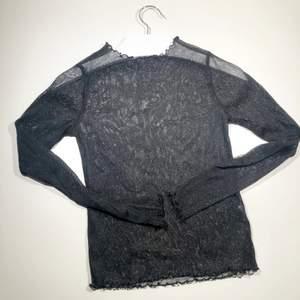 Supersnygg mesh topp från Brandy Melville. Köparen står för frakt 📩 3 för 120kr på min profil ✨