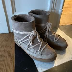 Gråa skor från inuikii. Storlek 39. Mycket bra skick!☺️