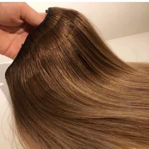 Äkta hår från Rapunzel of Sweden