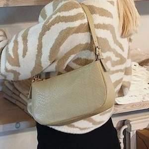 En fin väska från by Bianca.