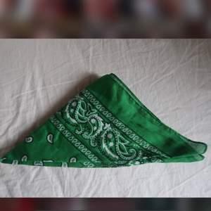 två bandanas som jag nästan aldrig använt:))