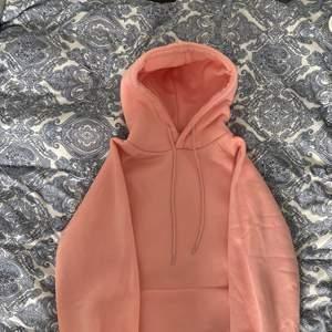 Jättefin hoodie från shein, använd en gång💓 (återkommer med fraktpriset när den ska skickas)💓
