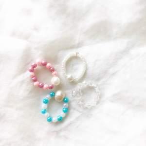 Olika färger och pärlor! Görs efter önskemål ✨ insta:moore_label