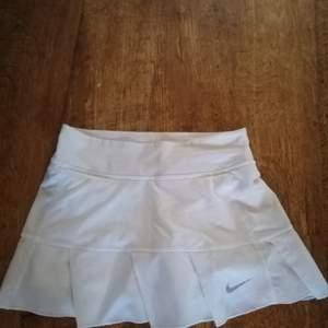 En tennis kjol från Nike