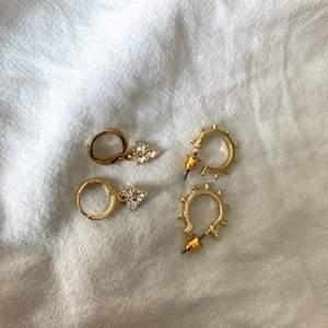 Oanvända och i nytt skick. Båda örhängena 27 kr ett par 15 kr plus frakt eller mötas upp.