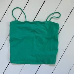 grönt linne från ginatricot